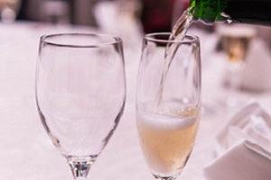 ワイン会 グラス